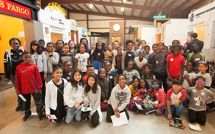 Edmunds 5th Graders Learn About Business at JA Biz Town